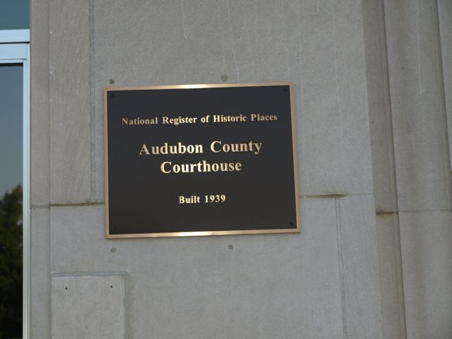 Plaque signifying national registry of historic places